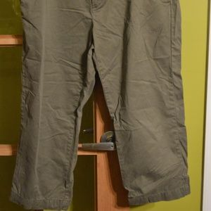 green old navy pants